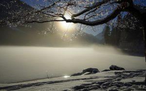Eispaddeln im Winter