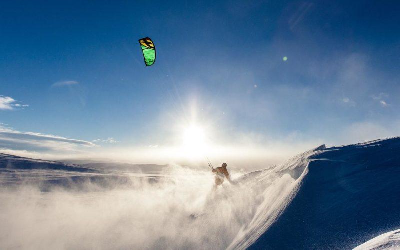 Snowkiten