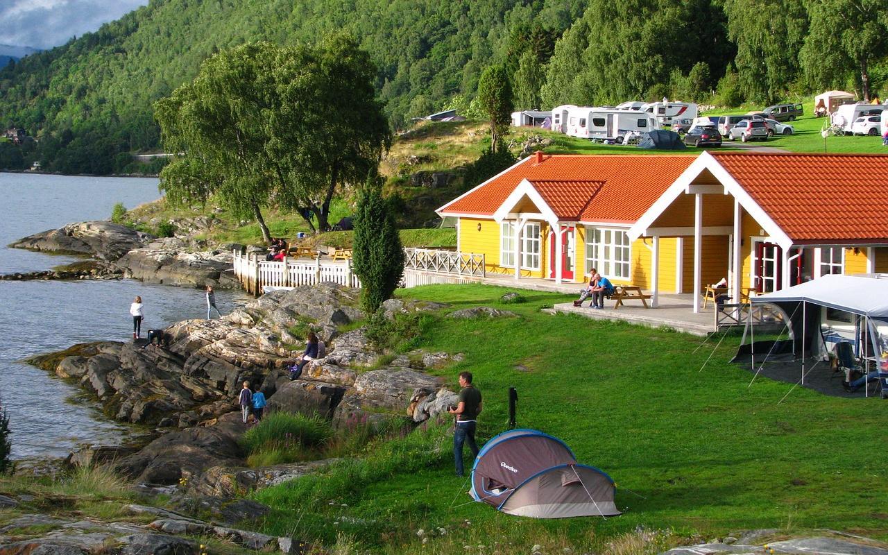 luxus camping in europa erlebnis gutschein portal. Black Bedroom Furniture Sets. Home Design Ideas
